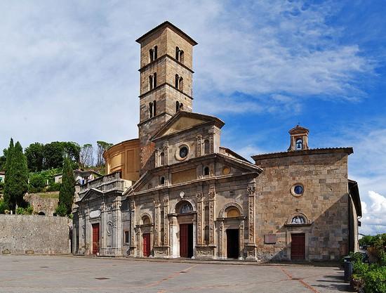 Foto basilica di santa cristina a bolsena 550x417 for Redazione italia