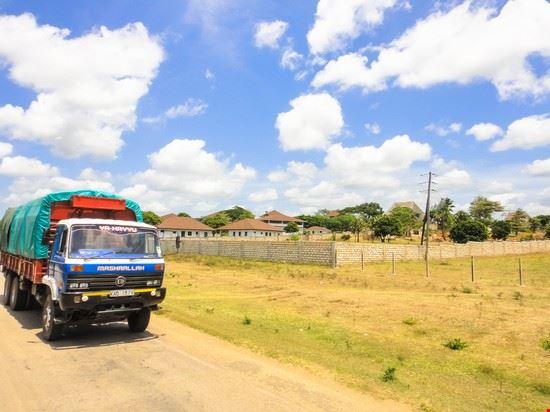 Lamu Road