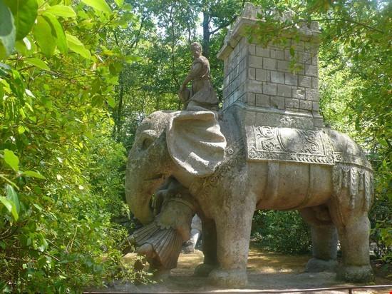 Foto L U0026 39 Elefante A Bomarzo - 550x412