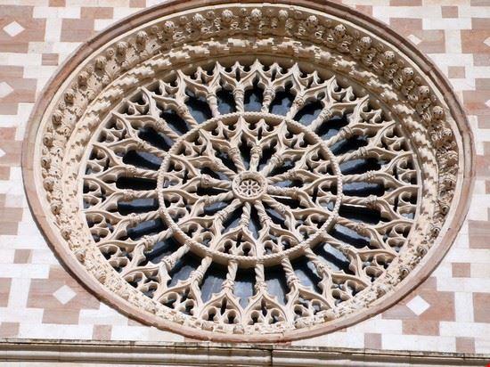 Rosone della Basilica di Collemaggio