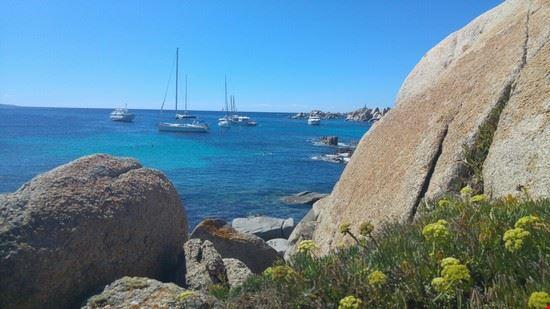 L' isola di LAVEZZI al largo di Bonifacio