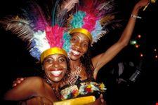 happy women salvador de bahia