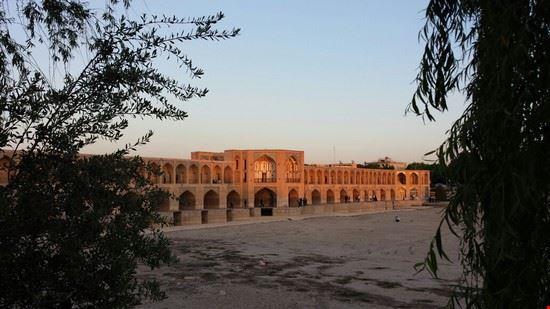 notte sul ponte di isfahan teheran