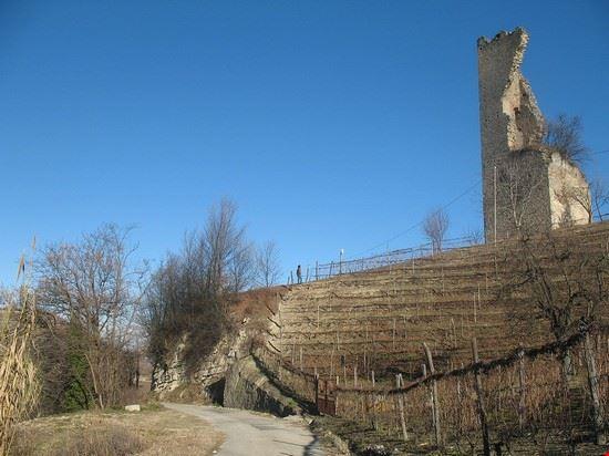 torre medievale di santo stefano belbo