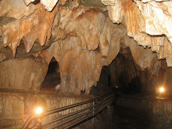 108165 spotorno grotte di toirano