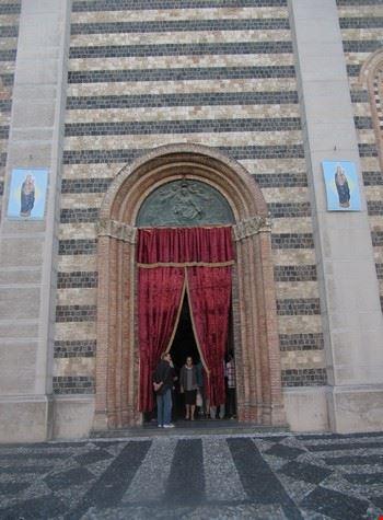 Portone centrale del Santuario