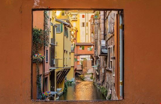 Foto Via Piella A Bologna 550x356 Autore Redazione 4