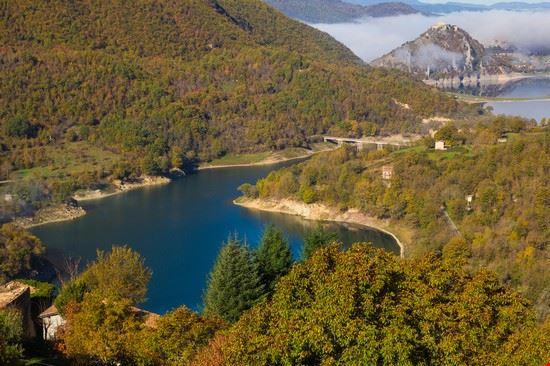 108904 orvinio lago del turano