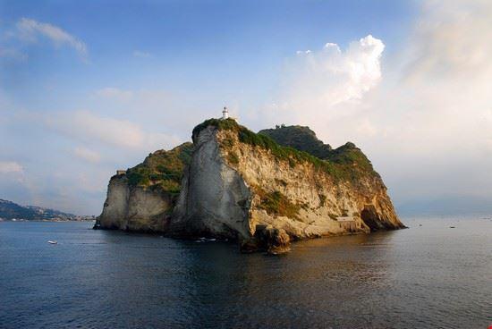 Isola di Vivara