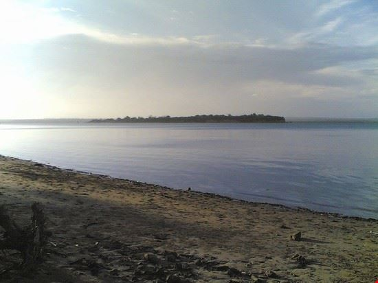 tanga, toten island