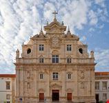 coimbra fachada de la catedral nueva coimbra portugal