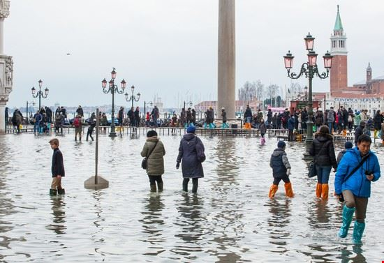 109811 venezia acqua alta