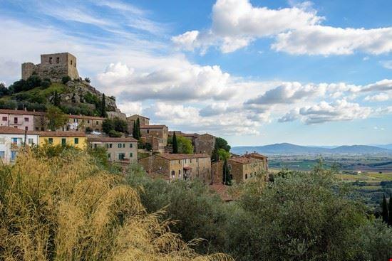 110127 roccastrada castello di montemassi