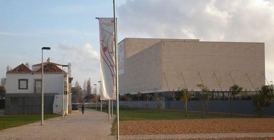 faro teatro municipal de faro portugal