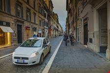 roma macchina a roma