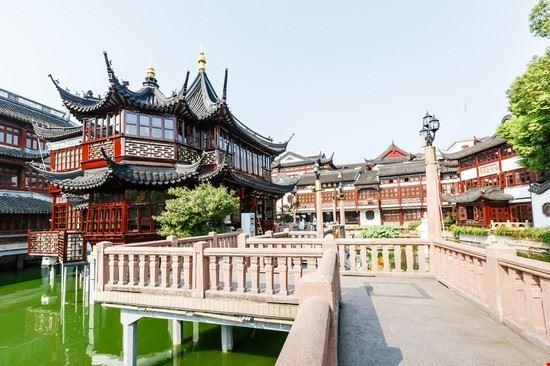 Giardini di yuyuan parchi e giardini a shanghai for Laghetti nei giardini