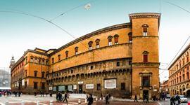 bologna palazzo d  accursio