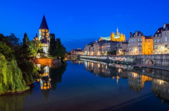 metz metz by night