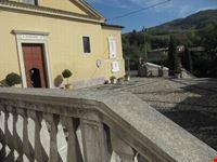 Sagrato ed ingresso della Chiesa