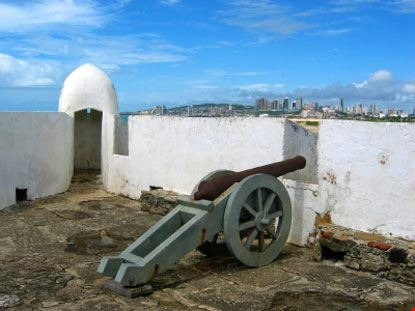 Cannone dell'era coloniale