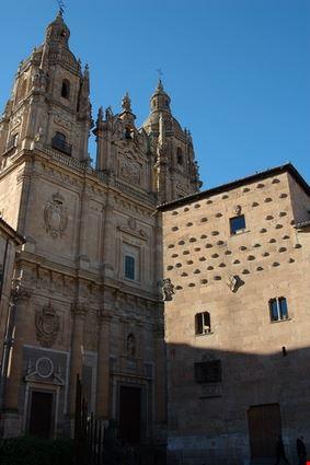 Casa de Las Conchas and Clerecia