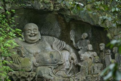 Feilai Feng Caves