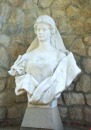 Statue of  Sissi