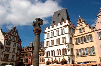 Renaissance facades facing the market square