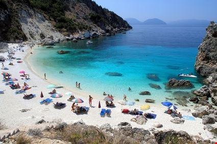 lefkada aghiofili beach