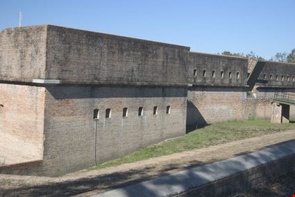 Navy Fort