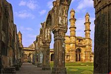 Ruins of Juma Masjid