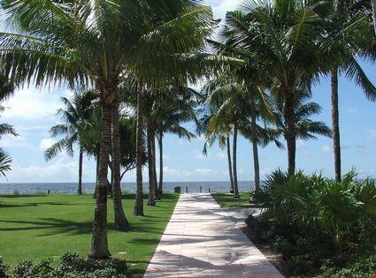 Pathway to beach
