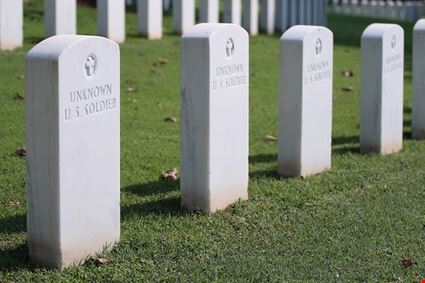 Unknown Us Soldier Tombstone