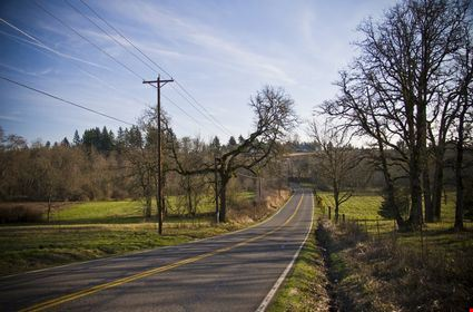 A back country road outside of Beaverton