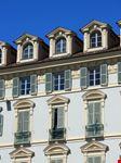 torino particolare di un palazzo in piazza castello
