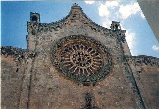 15398 ostuni la cattedrale