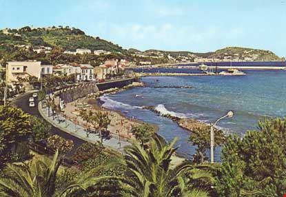 casamicciola terme veduta parziale della costa