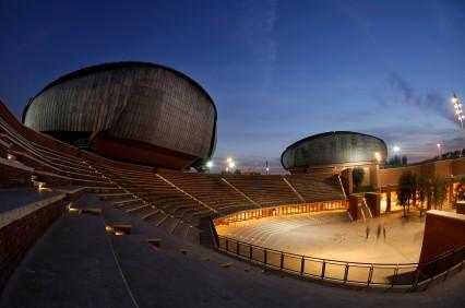 Foto scorcio dell 39 auditorium di renzo piano a roma for Pianificatore di piano online