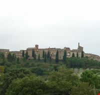 15827 panicale panoramica dal basso
