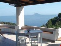 case vacanze salina isole eolie