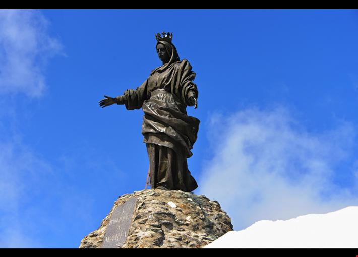 Statua della Madonna del Rocciamelone