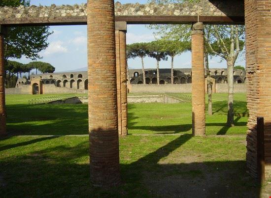 pompei scorcio dell anfiteatro