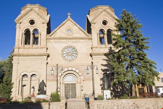 16000 assisi la basilica di san francesco