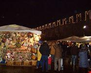uno scorcio dei mercatini di Natale in Piazza Fiera