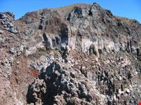 napoli il cratere del vesuvio