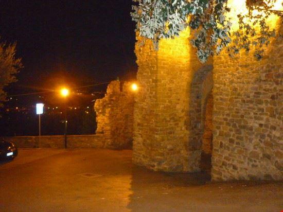 porta e panorama verso Perugia