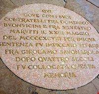16488 firenze placca che indica il punto di morte di girolamo  savonarola