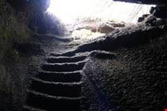 Grotta di scorrimento lavico