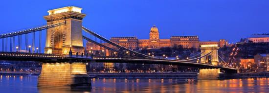 Budapest Veduta Notturna Del Ponte Delle Catene