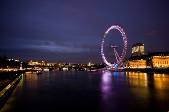 Il London Eye di notte